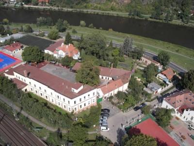 Riverside Primary School
