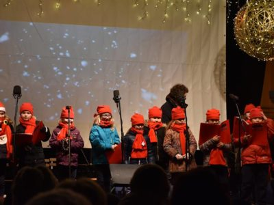 old-town-square-christmas-concert-dec-2016-1
