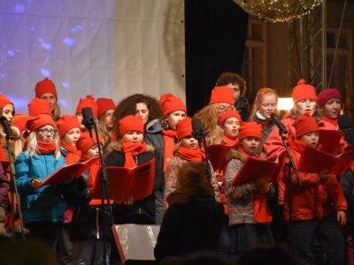 old-town-square-christmas-concert-dec-2016-15