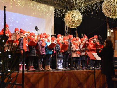 old-town-square-christmas-concert-dec-2016-18
