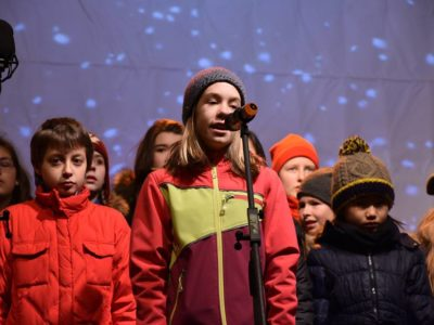 old-town-square-christmas-concert-dec-2016-5
